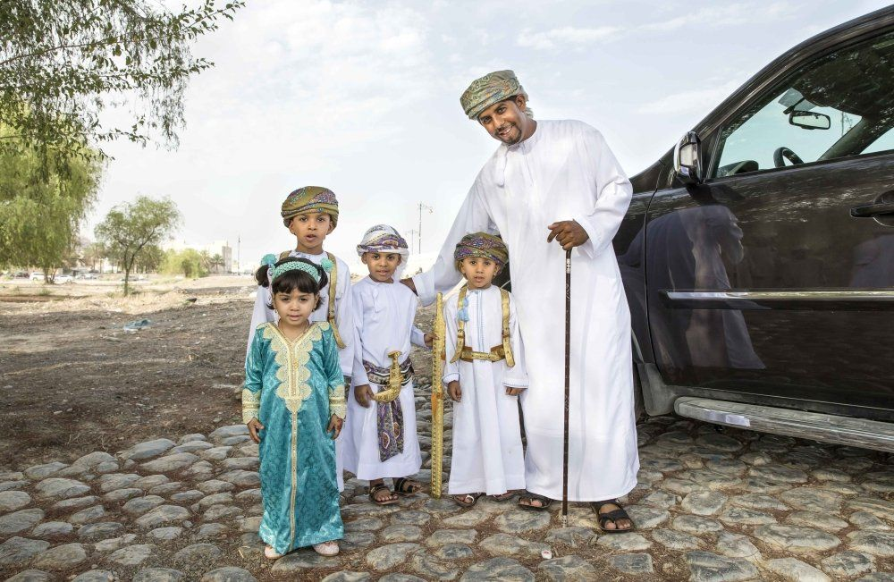 Oman Peace Friendship Model People Muscat Sohar Carparkingsolutions Smartparkingoman Model Oman Friendship