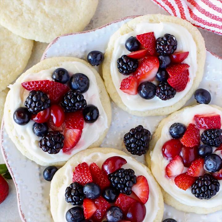 Sugar Cookie Fruit Tarts -   18 desserts Videos fruit ideas