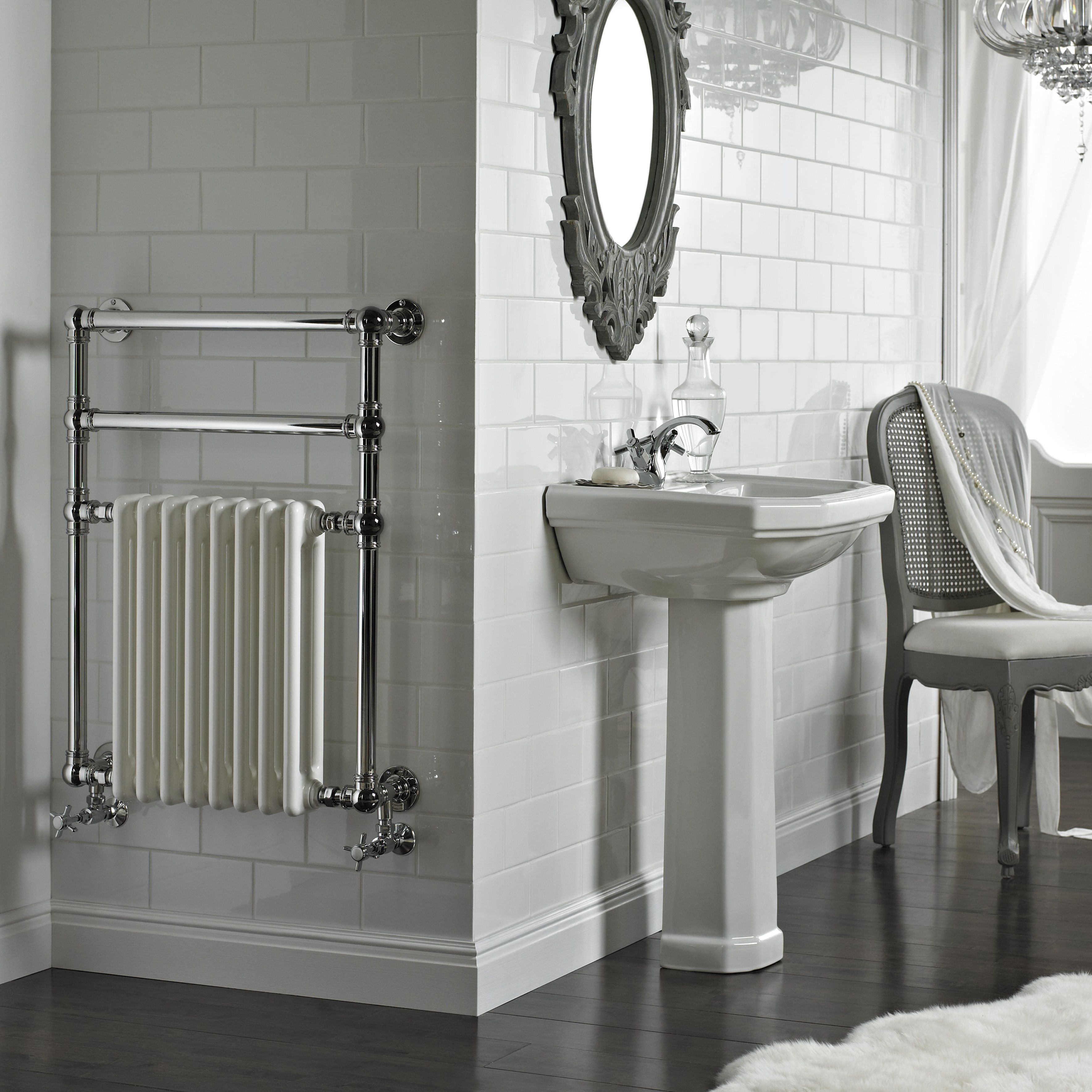 Vogue Regency Wall Mounted heated towel rail