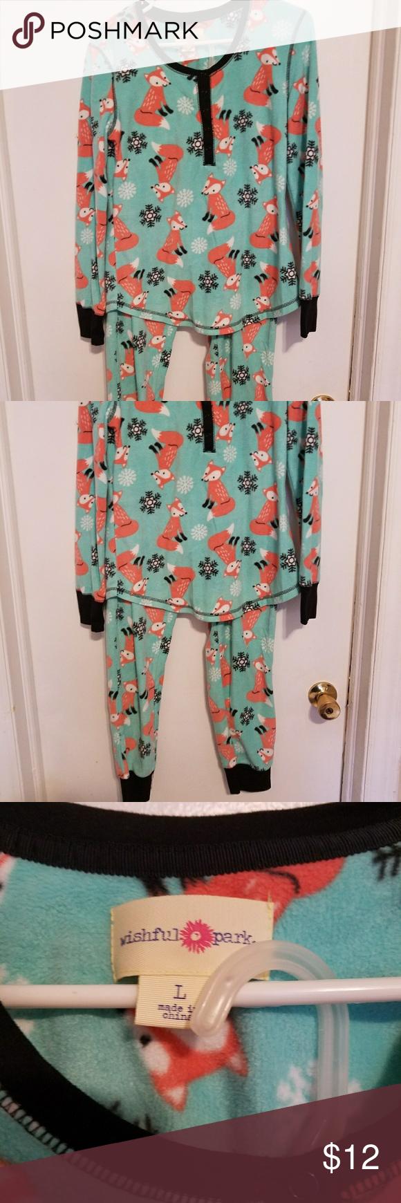 55e6943644 Pajama Set Fleece fox print pajamas. Washed once