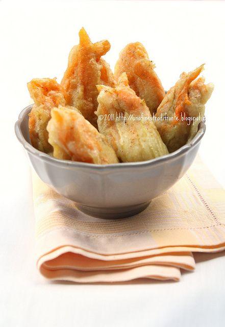 Fiori di zucca ripieni con ricotta zucchine e bottarga una finestra di fronte recipes - Una finestra di fronte ...