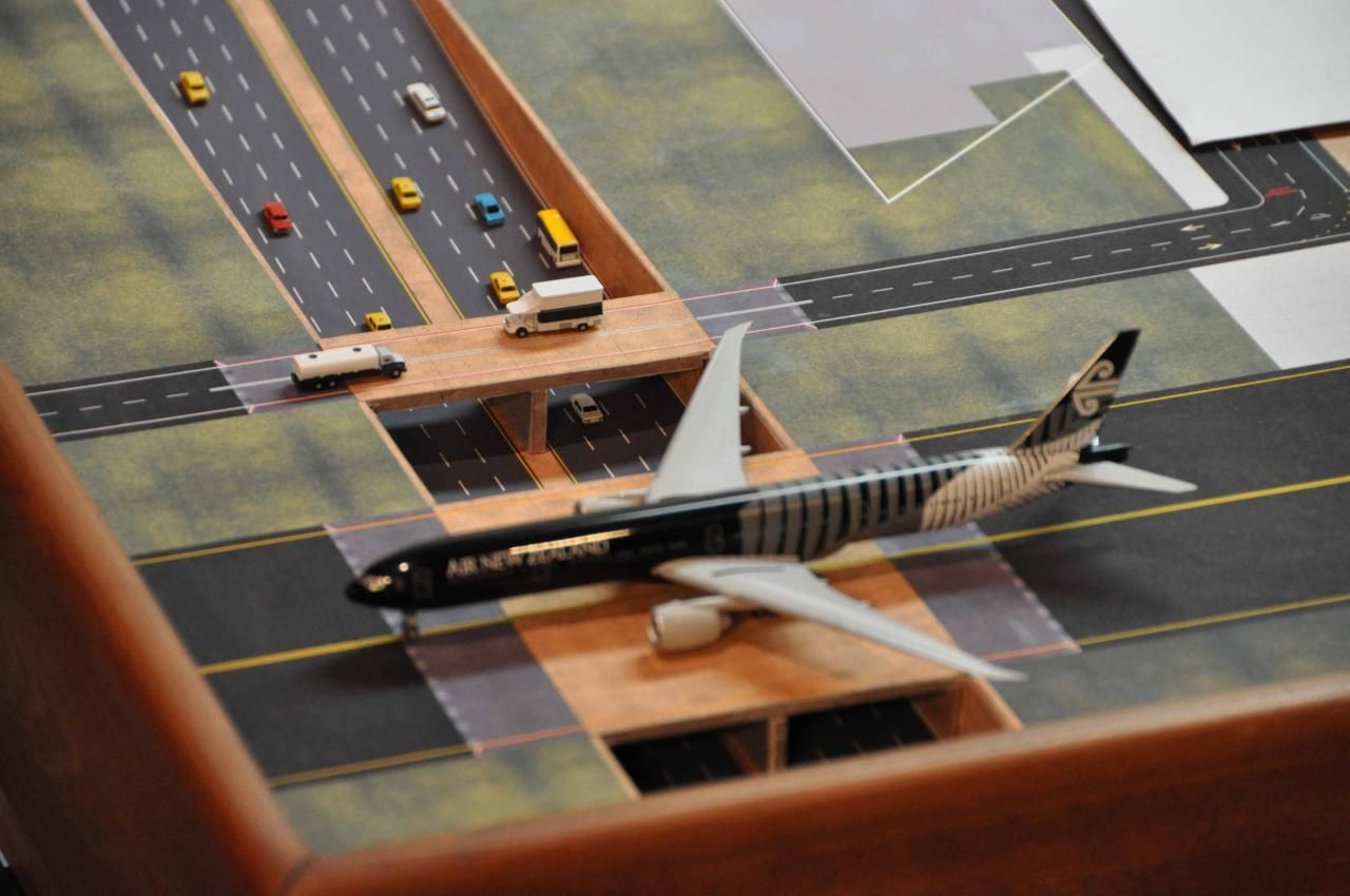 Pin By Hil Mat On City Block Model Model Airplanes Diorama Aircraft Modeling