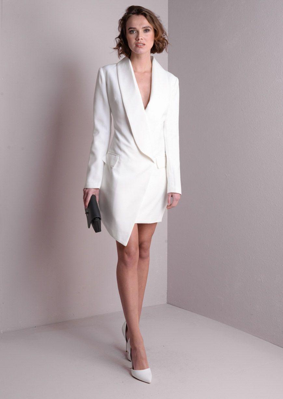 Long Sleeve Deep Plunge Tuxedo Dress White Tuxedo Dress White White Dress Dresses [ 1227 x 870 Pixel ]