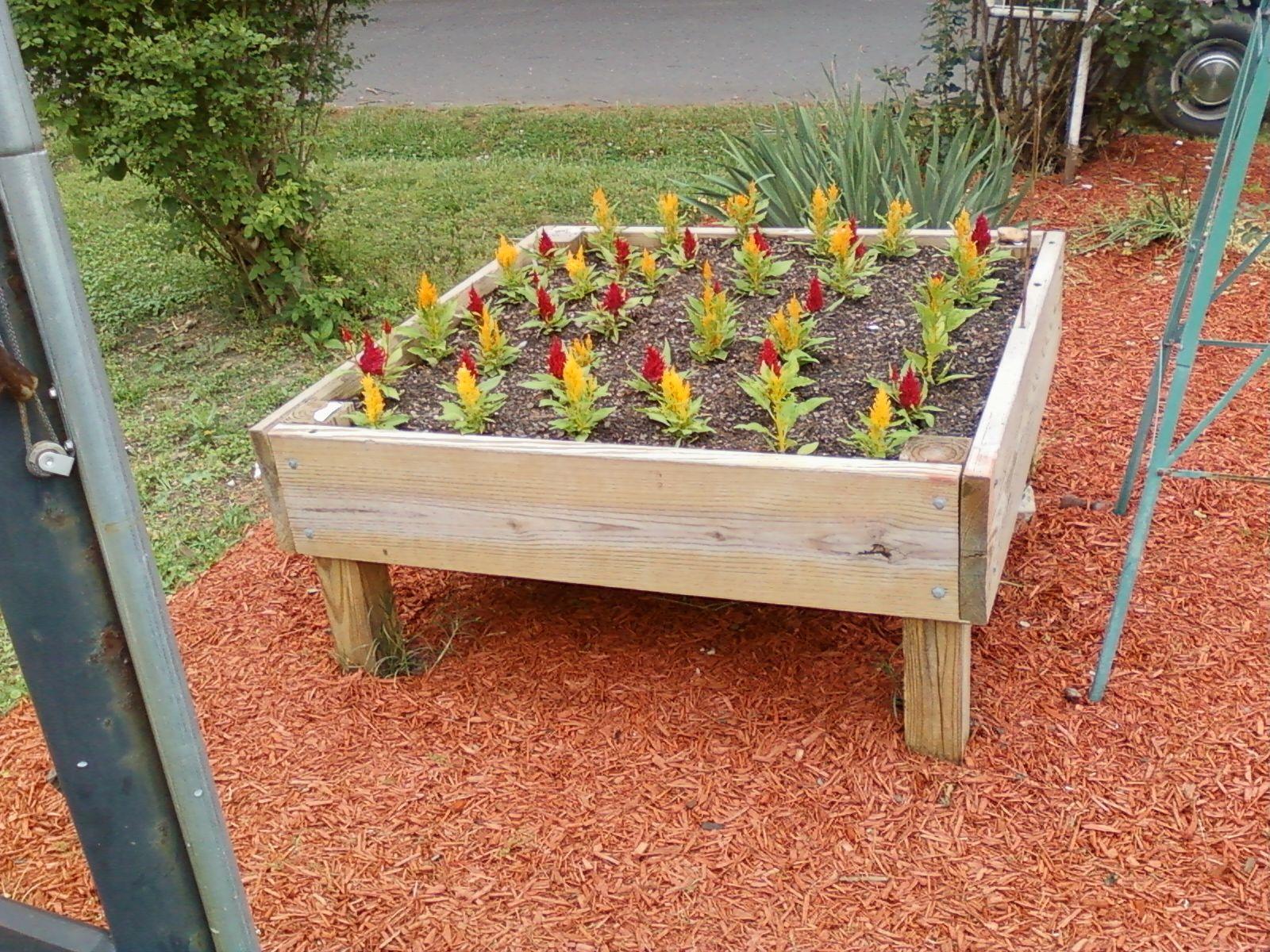 4x4 cube raised flower bed | scrap wood projects | Pinterest ...