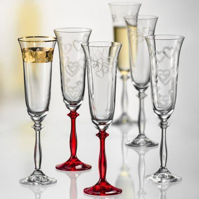 Astoria Grand Larrison Etched Lead Free Crystal 6 4 Oz Champagne Flute Crystal Flutes Crystal Champagne Flutes Flute Glass