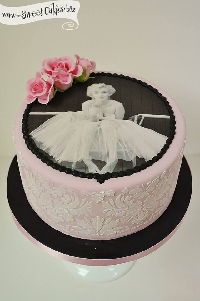 Incredible Awesome Marilyn Monroe Birthday Cake Cake Decorating Marilyn Funny Birthday Cards Online Alyptdamsfinfo