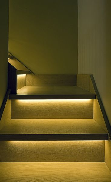Lighting Basement Washroom Stairs: Concealed Liner Led Under Tread Stairs Lighting