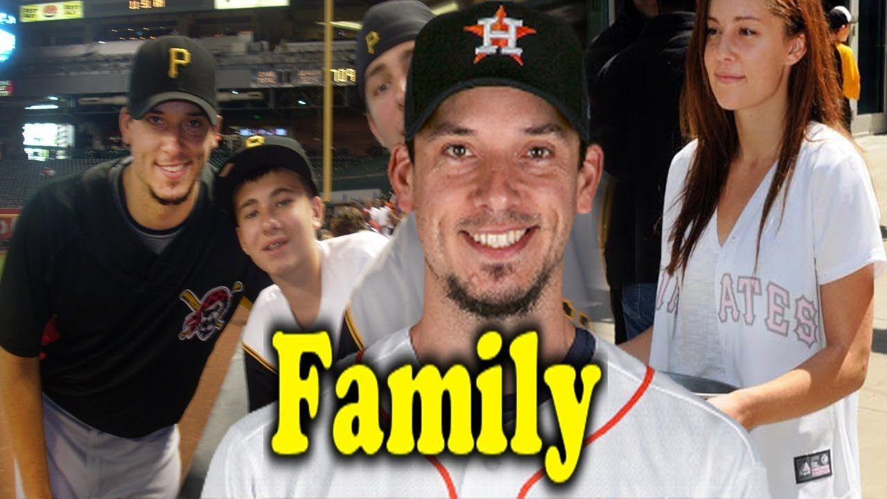 Charlie Morton Family Photos With Father Mother And Wife Cindy Morton 2017 Famous Sports Sports Gallery Sport Player