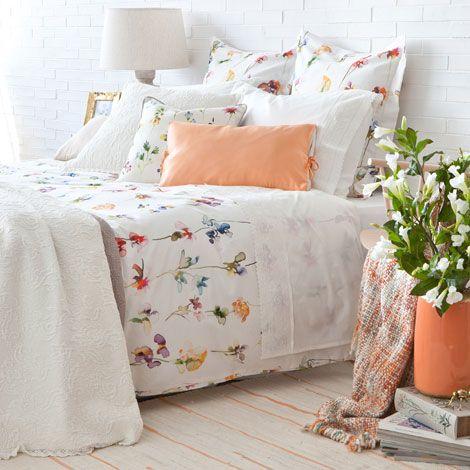 Zara Home Biancheria Da Letto.Flowers Bedding Zara Home United States Of America Design Della Camera Da Letto Camera Da Letto Estate Decorazione Camera Da Letto