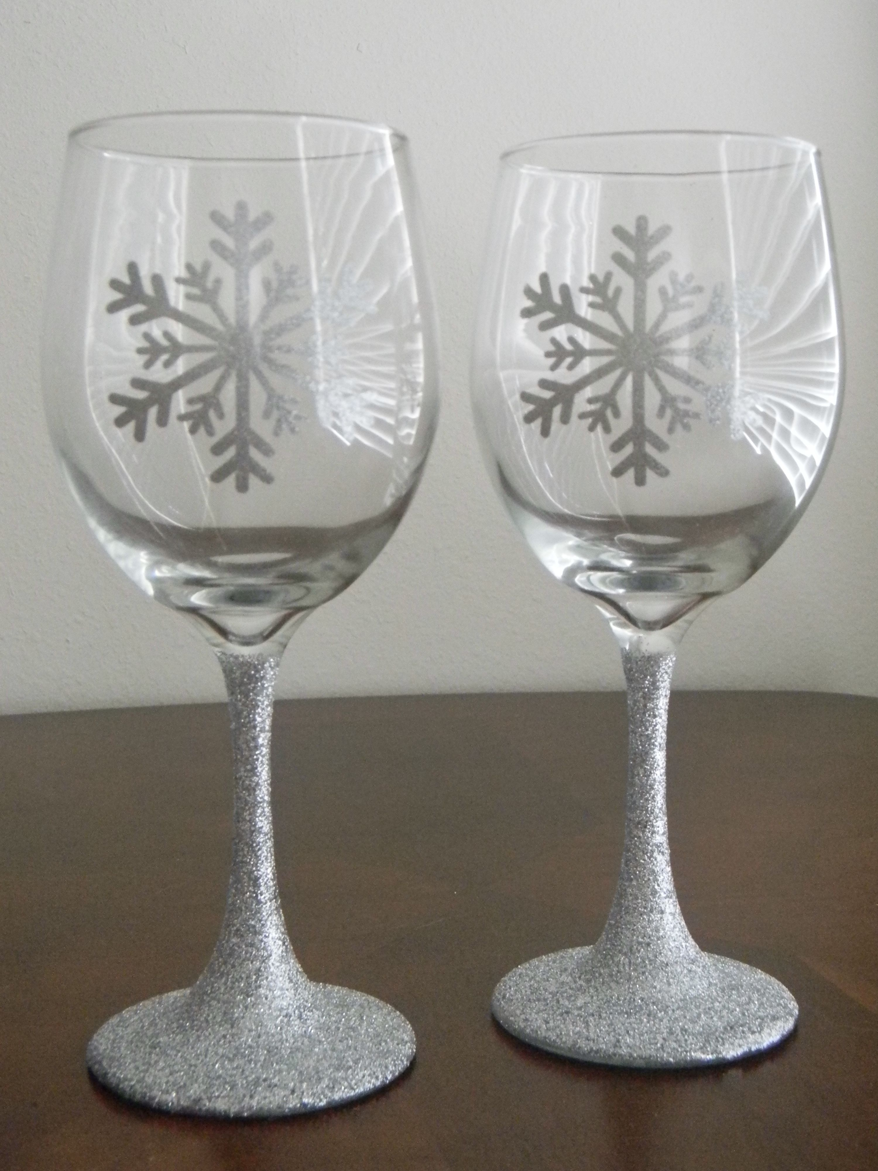 Glitter Stem Vinyl Snowflake Wine Glasses Holiday Wine Glasses Decorated Wine Glasses Christmas Wine Glasses