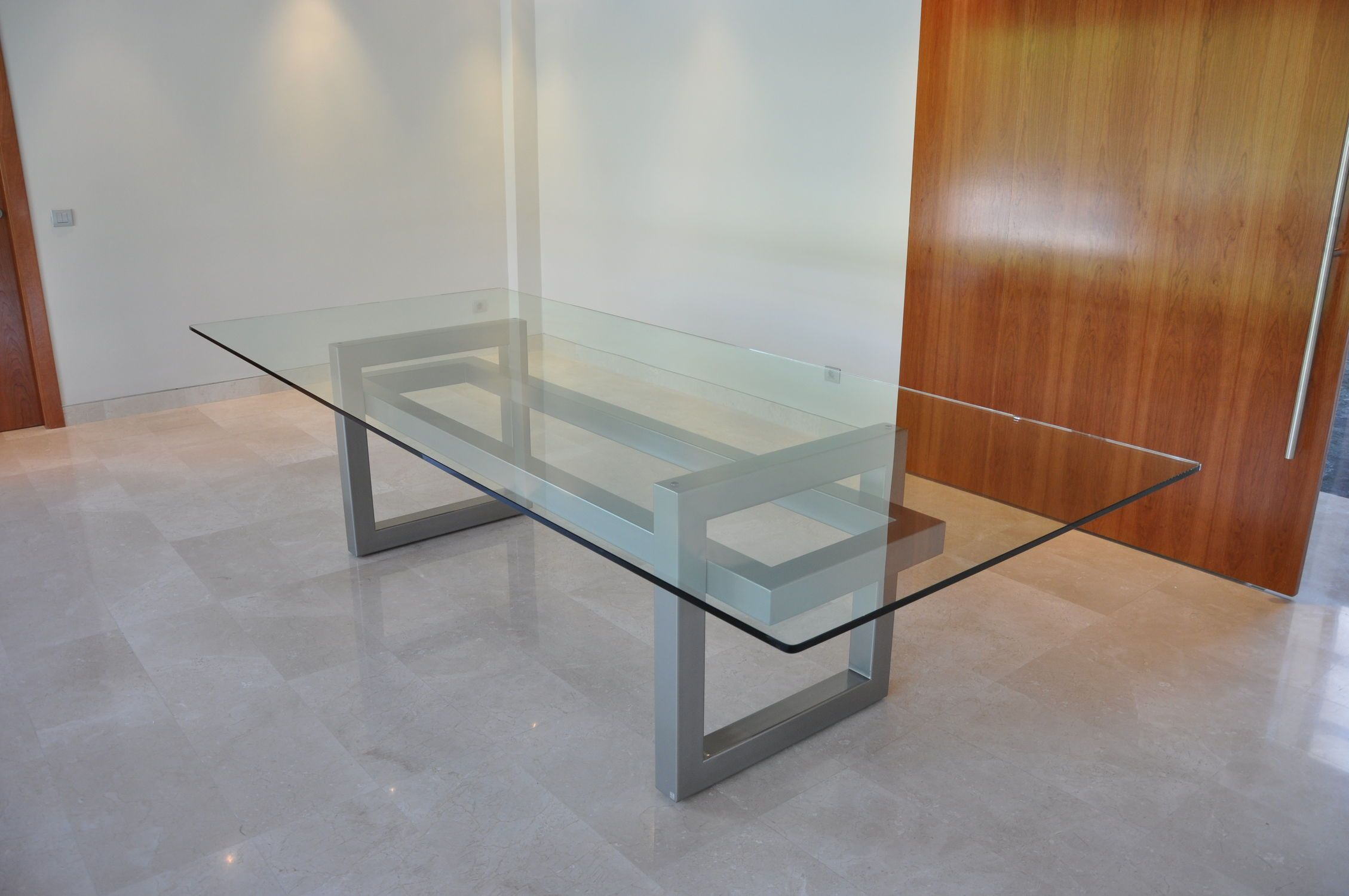 Mesa de reuniones moderna de cristal de hierro diana - Mesas modernas de cristal ...