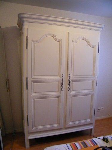 Armoire louis xiv peinte en blanc virgin pinterest meubles anciens meuble et renovation - Meuble rustique peint en blanc ...