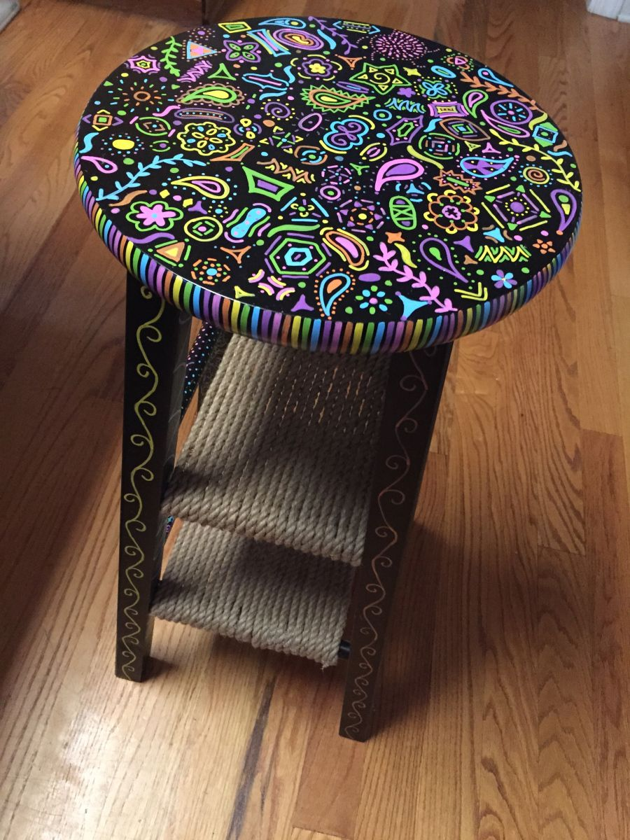 Stool Bedside Table: Diy Bed, Painted Furniture, Bedside