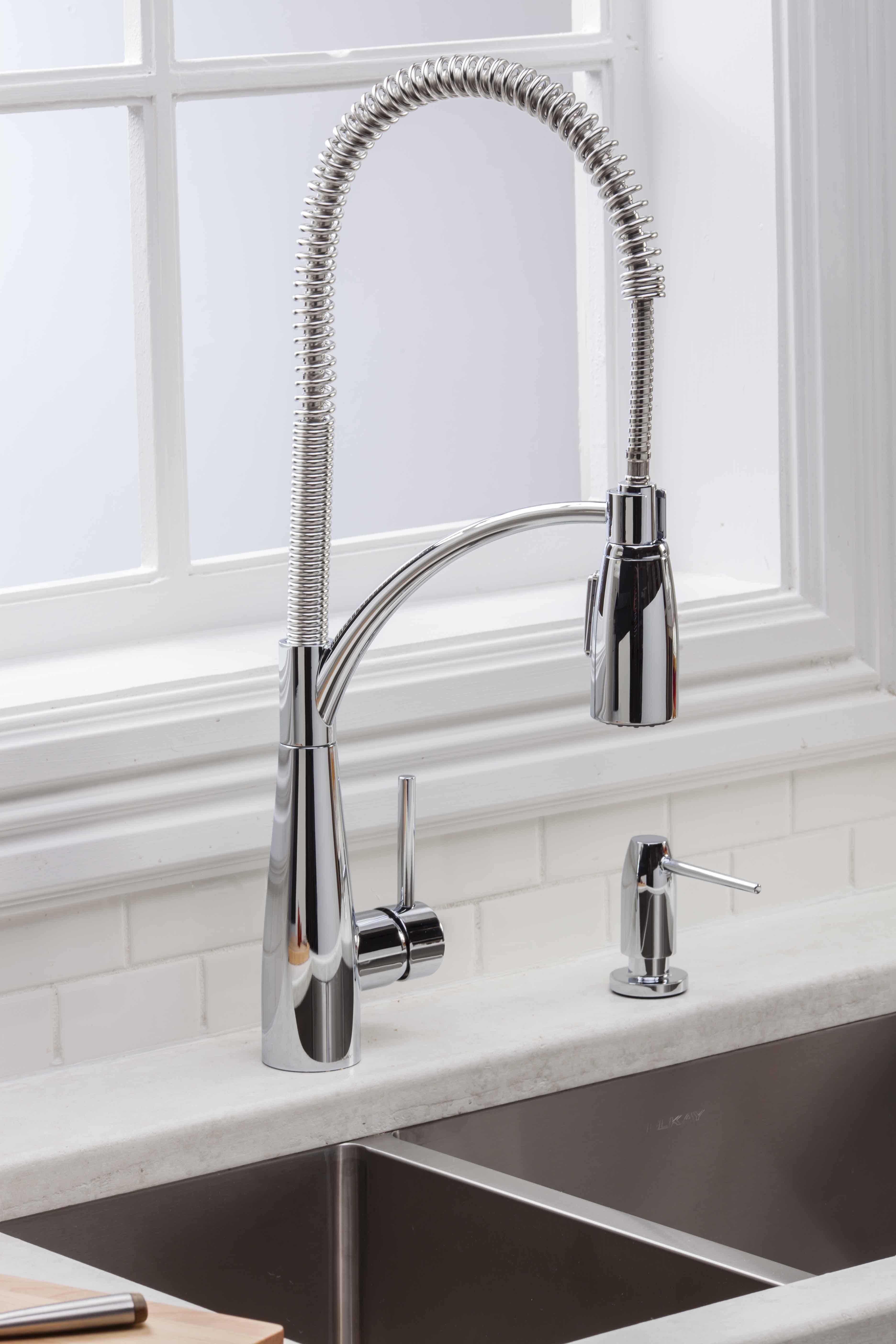 Download Wallpaper White Stuff On Kitchen Faucet