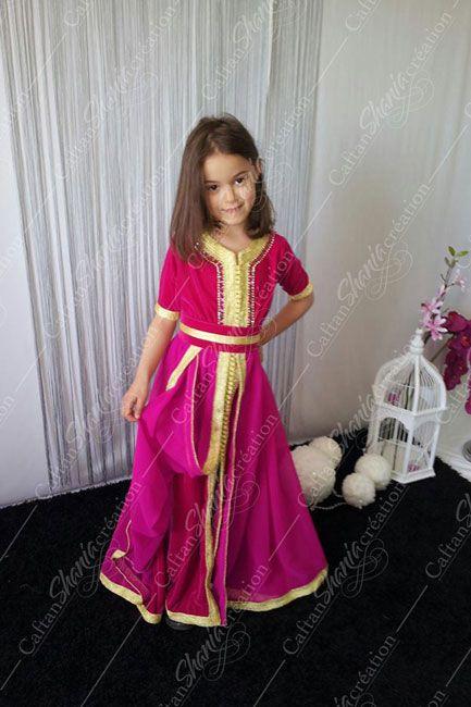 aaefa14d373 Collection Enfant - De jolis caftans pour fillettes et jeunes filles Tenue  Marocaine
