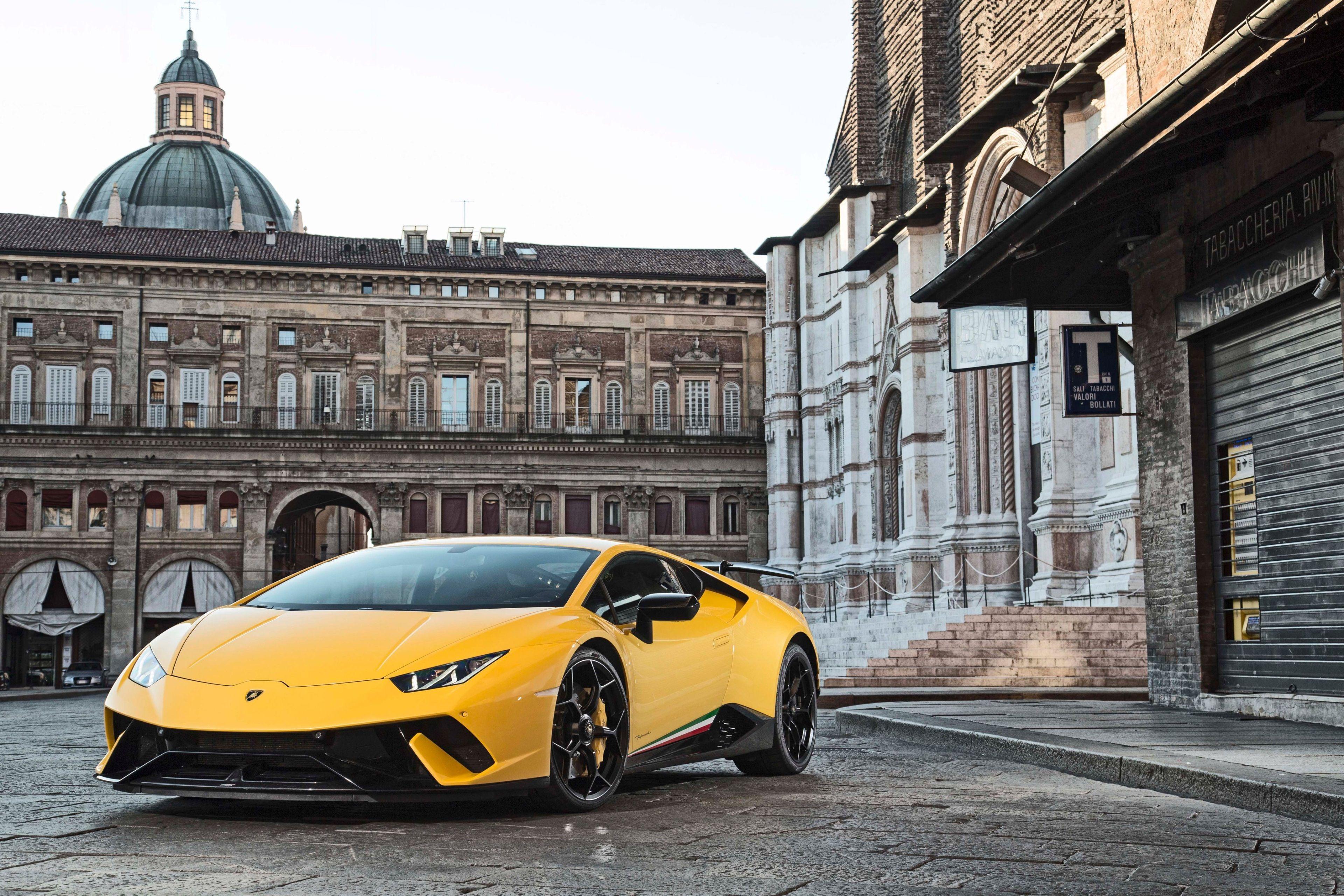 3840x2560 Lamborghini Huracan Performante 4k Background Image Hd
