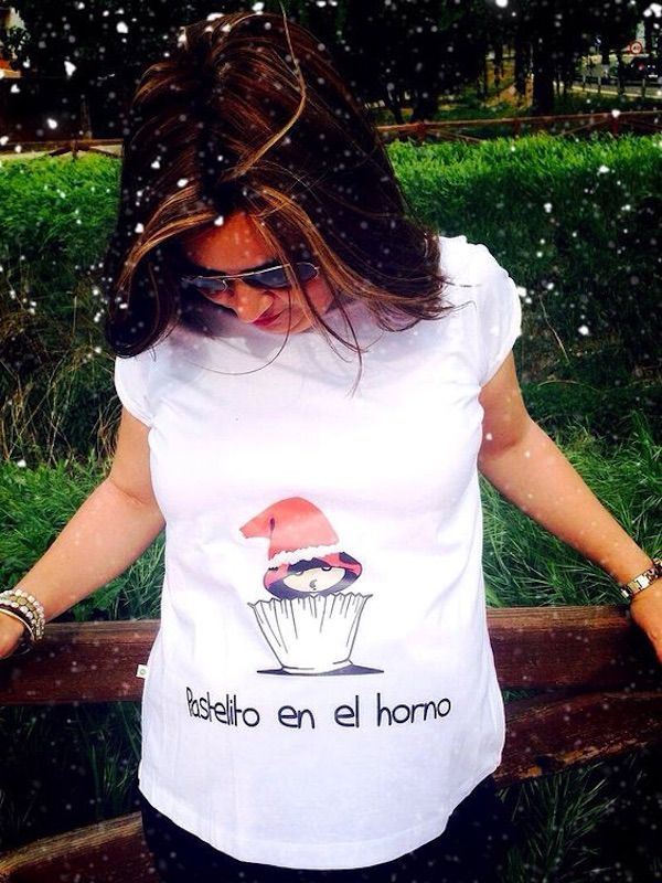 04421aec5 17 camisetas creativas para embarazadas que son geniales  embarazadas   camisetas  creatividad  embarazo