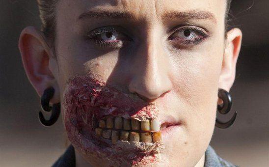Maquillaje zombie dentadura maquillaje terror y fantasia Pinterest