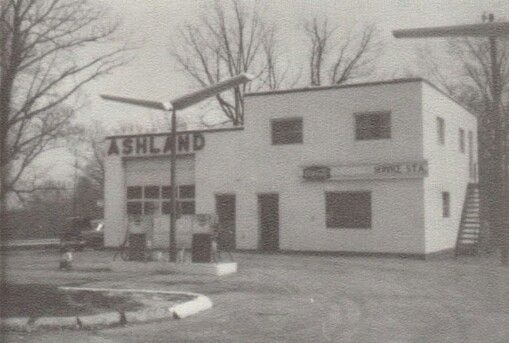 """""""Charlie's Ashland""""  Circa 1968. Corinth, Ky. Was Bill's Gulf after that, now it is """"Peg's Pitstop"""""""