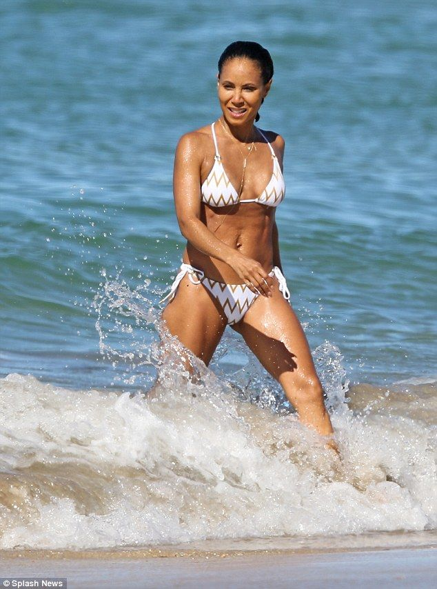 Melissa smith bikini pics, free asian on blach gang bagn pictures