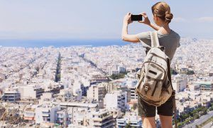 European city tours with locals: five of the best websites and apps
