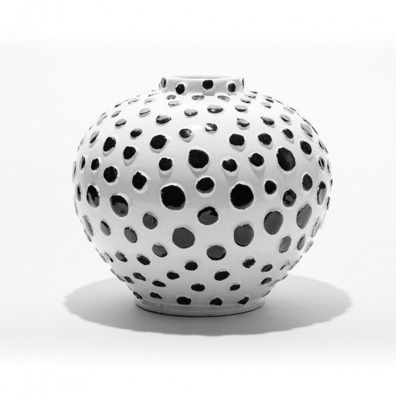 Black And White Dots Vase Kelly Wearstler Its All About Dots