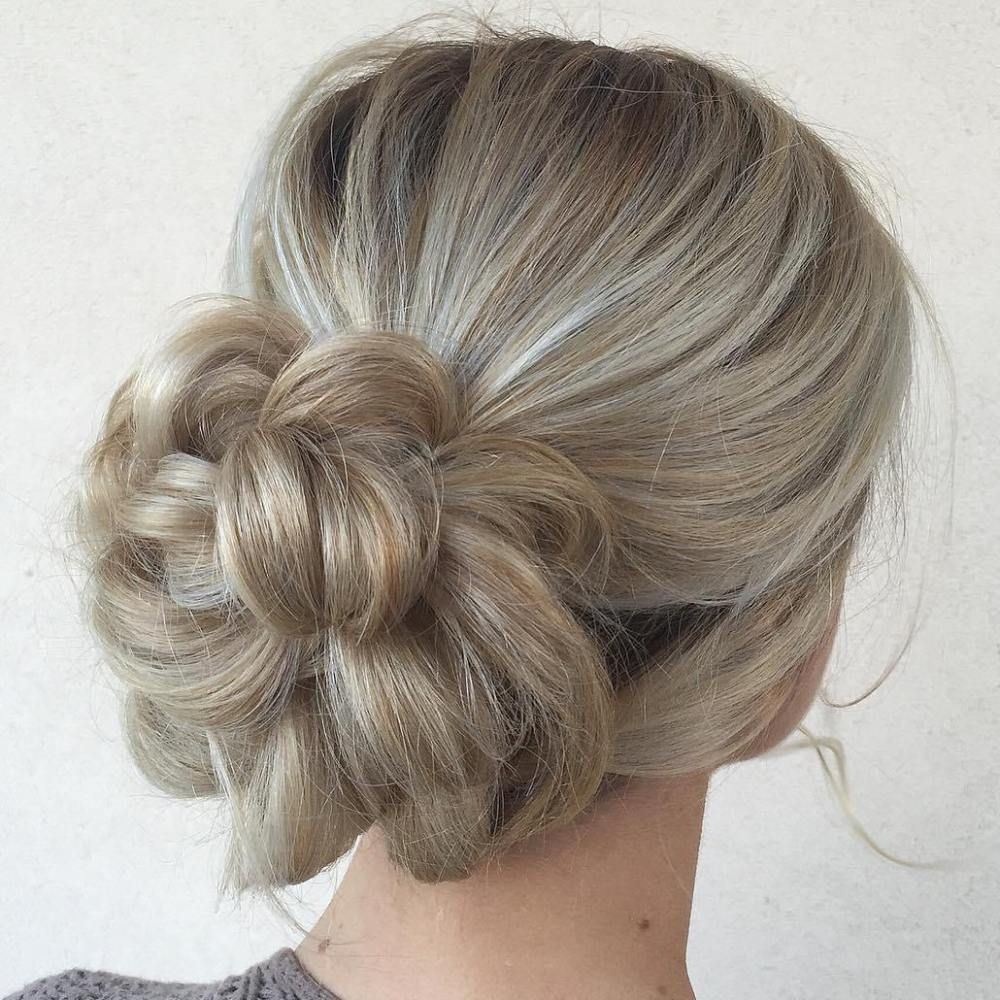 40 Chic Messy Updos For Long Hair In 2019 Berta Long