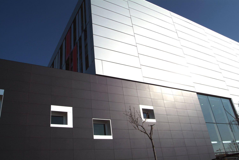 Exterior Large Format Tile Facade Fa 231 Ades Tile