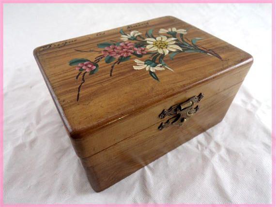 Boite à bijoux rétro artisanale boîte de rangement en bois antique