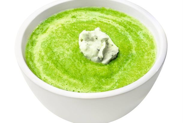 Parsakeitto / Asparagus soup http://www.valio.fi/reseptit/parsakeitto/  Helpoimmillaan keitettyä parsaa tarjoillaan sulatetun voin kanssa, mutta siitä valmistuu myös herkullinen, kevyt keittoruoka.