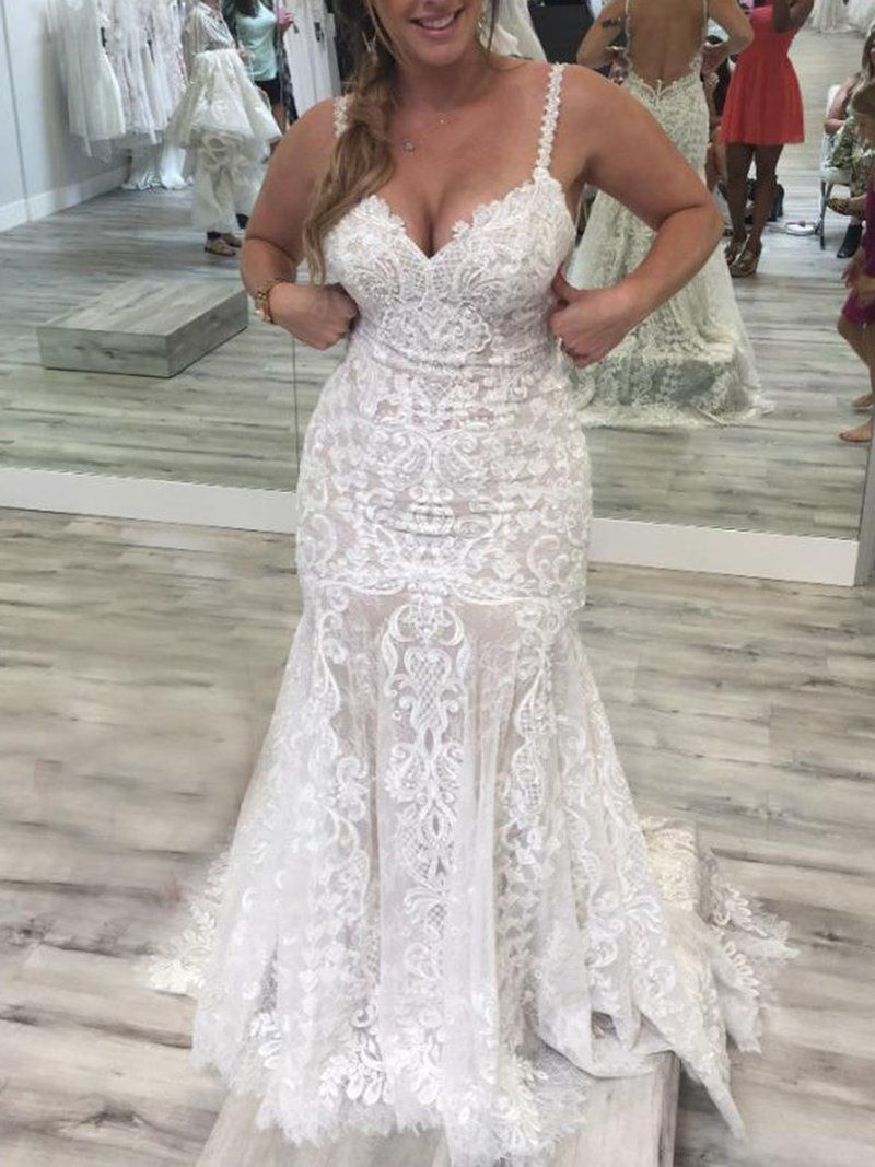 Spaghetti Straps Lace Sleeveless Court Hall Wedding Dress
