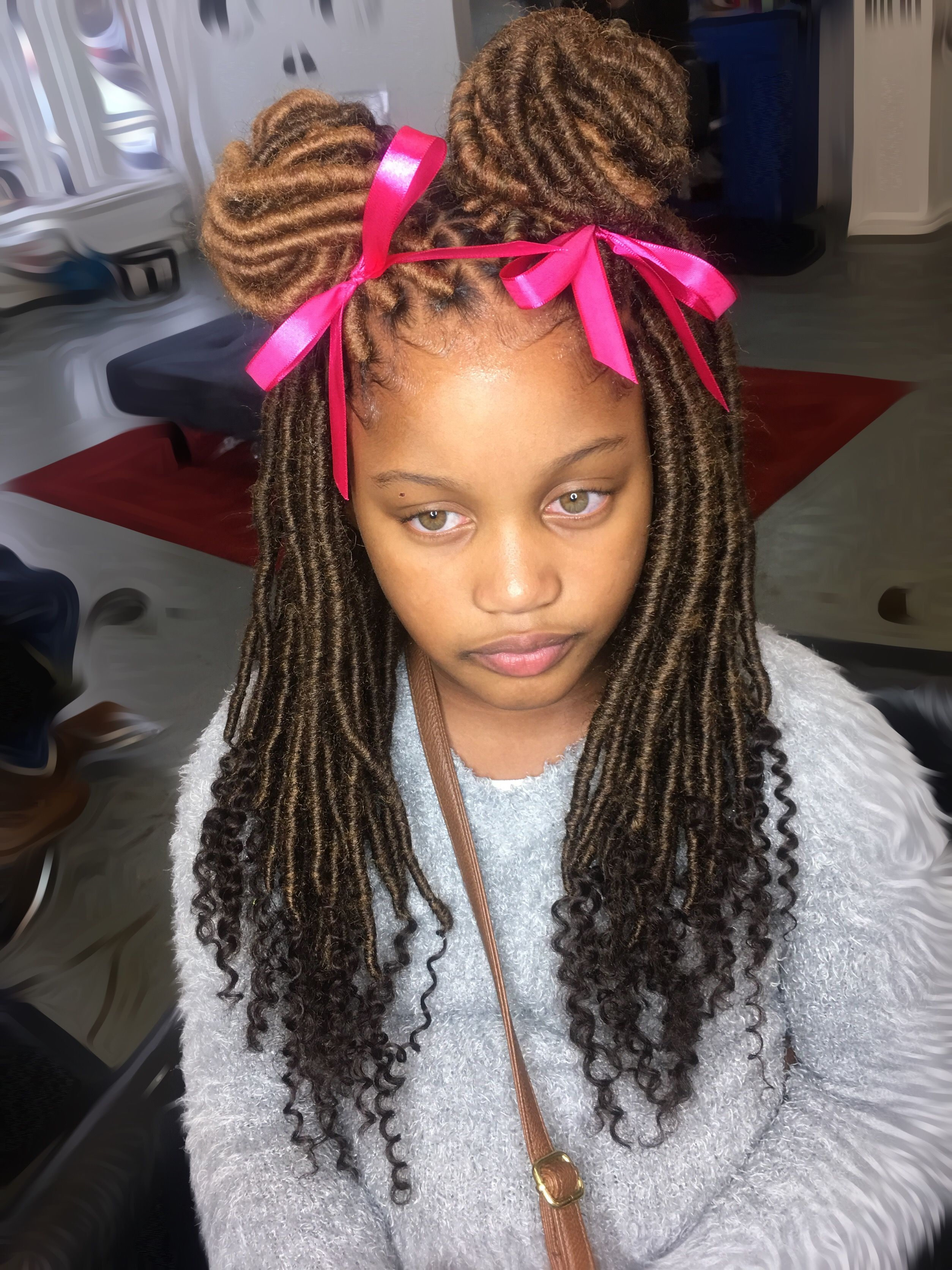 How to braid a pigtail child We twist beautiful pigtails to children: photos