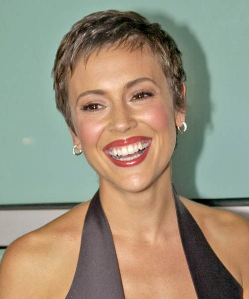 Alyssa Milano Short Wavy Formal Hairstyle Super Short Hair Short Hair Styles Pixie Short Hair Styles