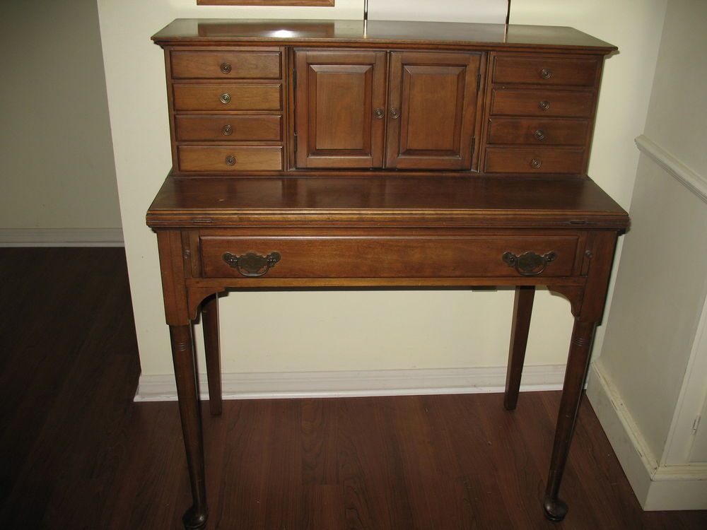 "Vintage Desk Pennsylvania House 'Lady Winthrop"" Solid"