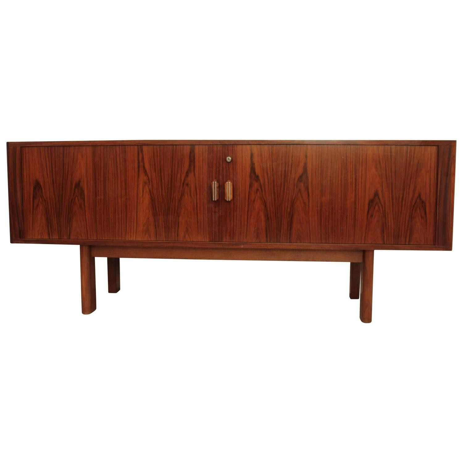 Small sideboard in Rio rosewood by Arne VODDER for Sibast in the