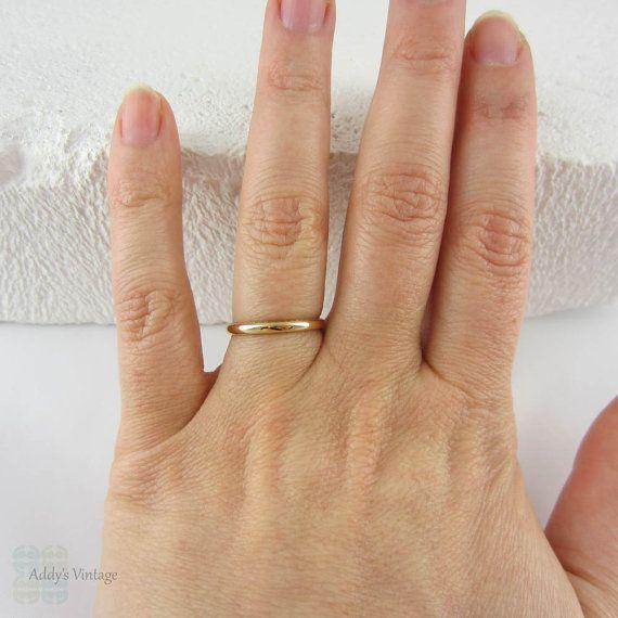 Vintage Art Deco 22 Carat Gold Band Ring