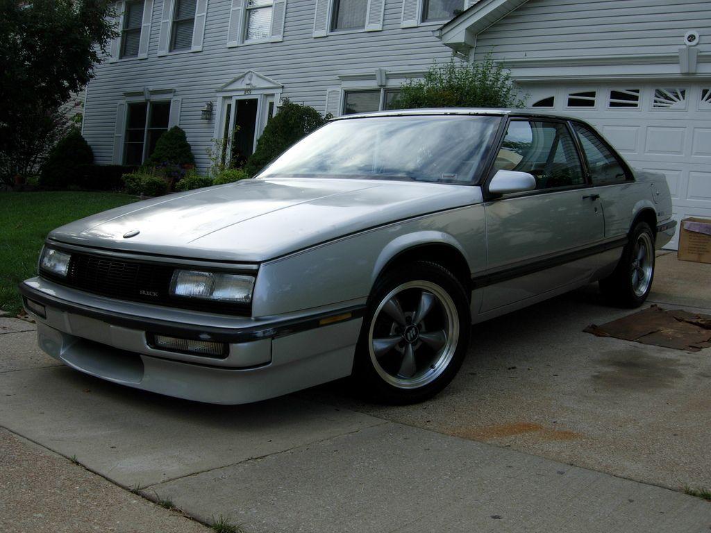 Buick Lesabre T Type Photos News Reviews Specs Car Listings