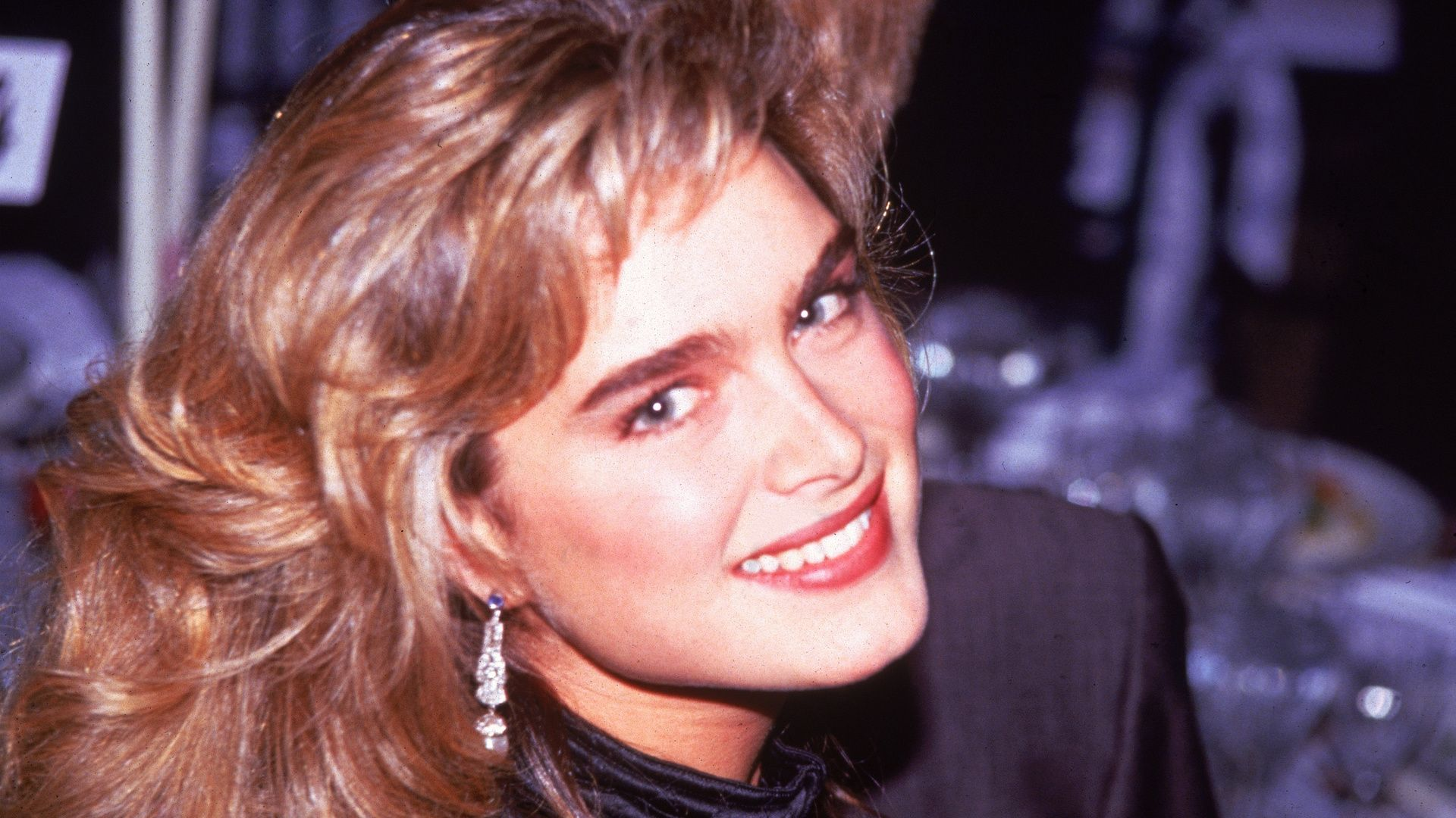 80s beauty icons: big hair, bright colors and bold