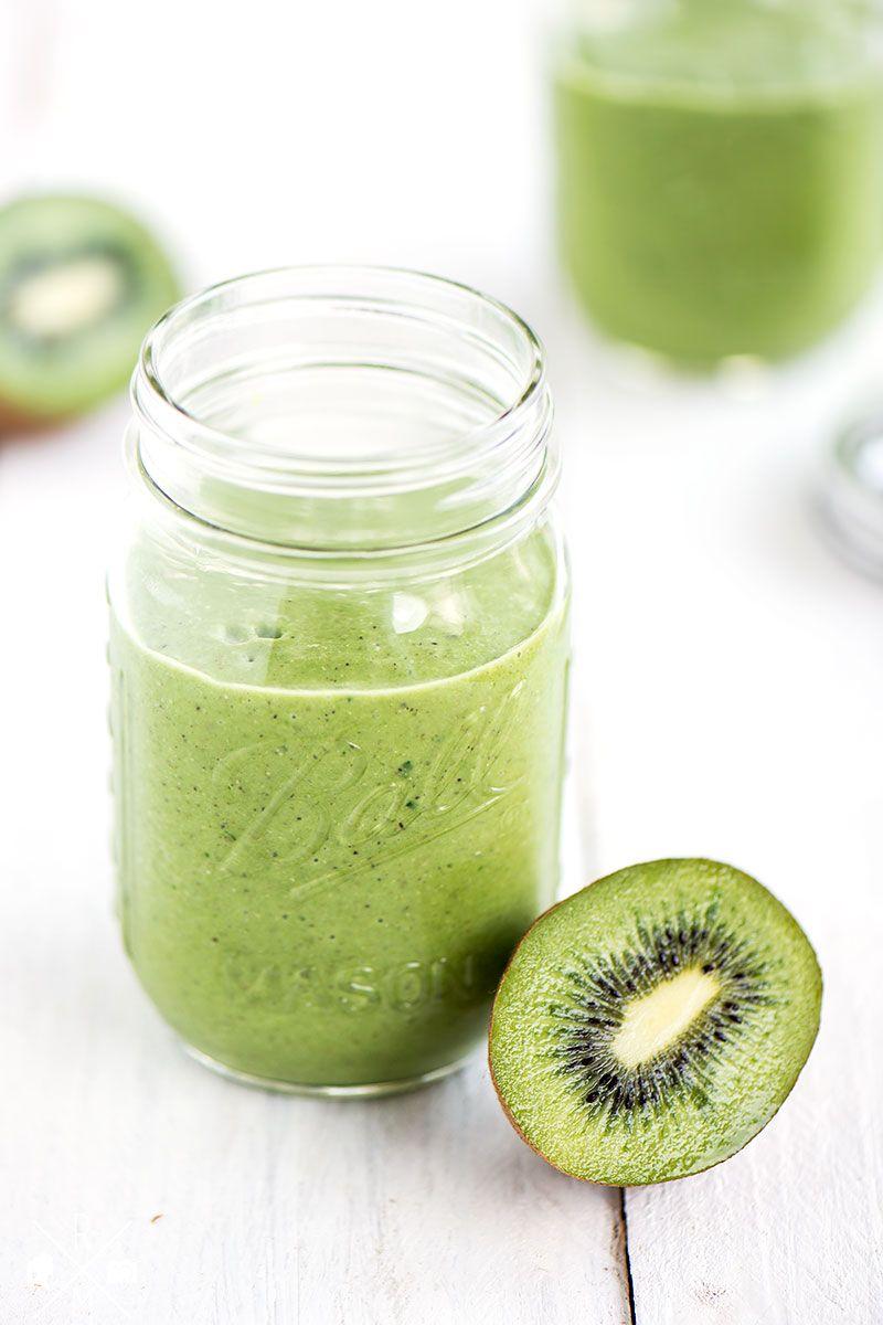 green smoothie mit kiwi und kokos rezept smoothie pinterest smoothie getr nke und. Black Bedroom Furniture Sets. Home Design Ideas