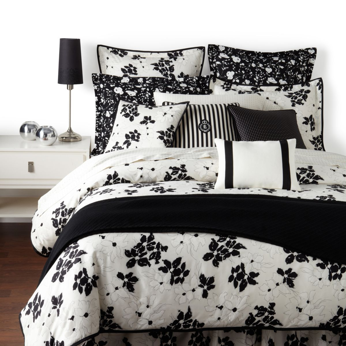 Black and white floral bed sheets - Lauren By Ralph Lauren Port Palace Bedding Summer Floral Receive A Chic Update In