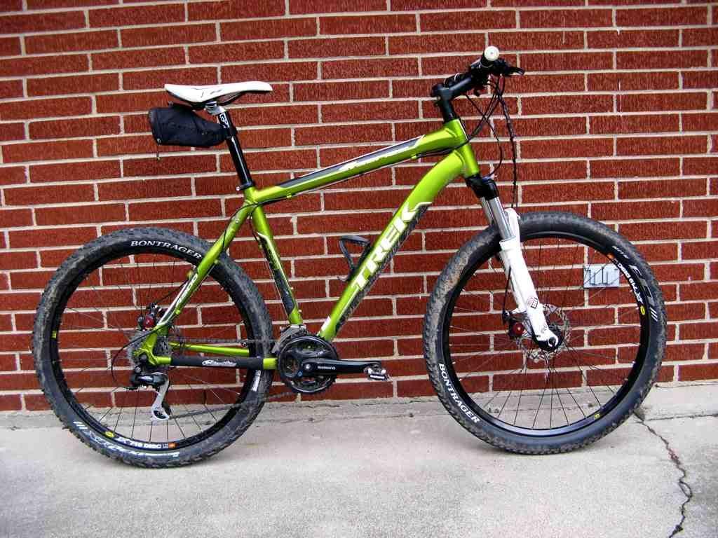 2011 Trek 4300 Trek Bike Sports Equipment