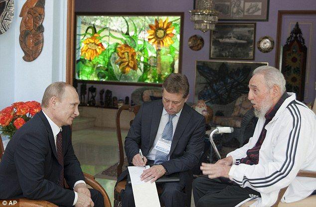 Fidel Castro and Vladimir Putin
