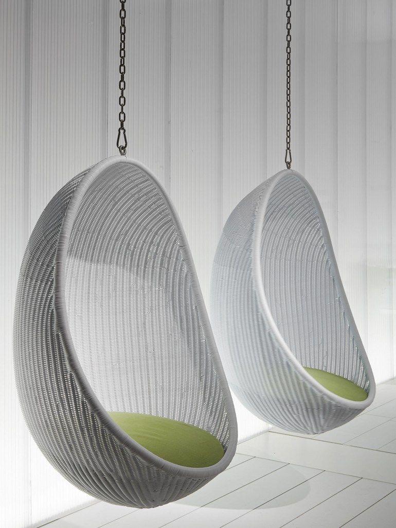 Woven wicker garden suspended chair egg by pierantonio for Egg designs furniture