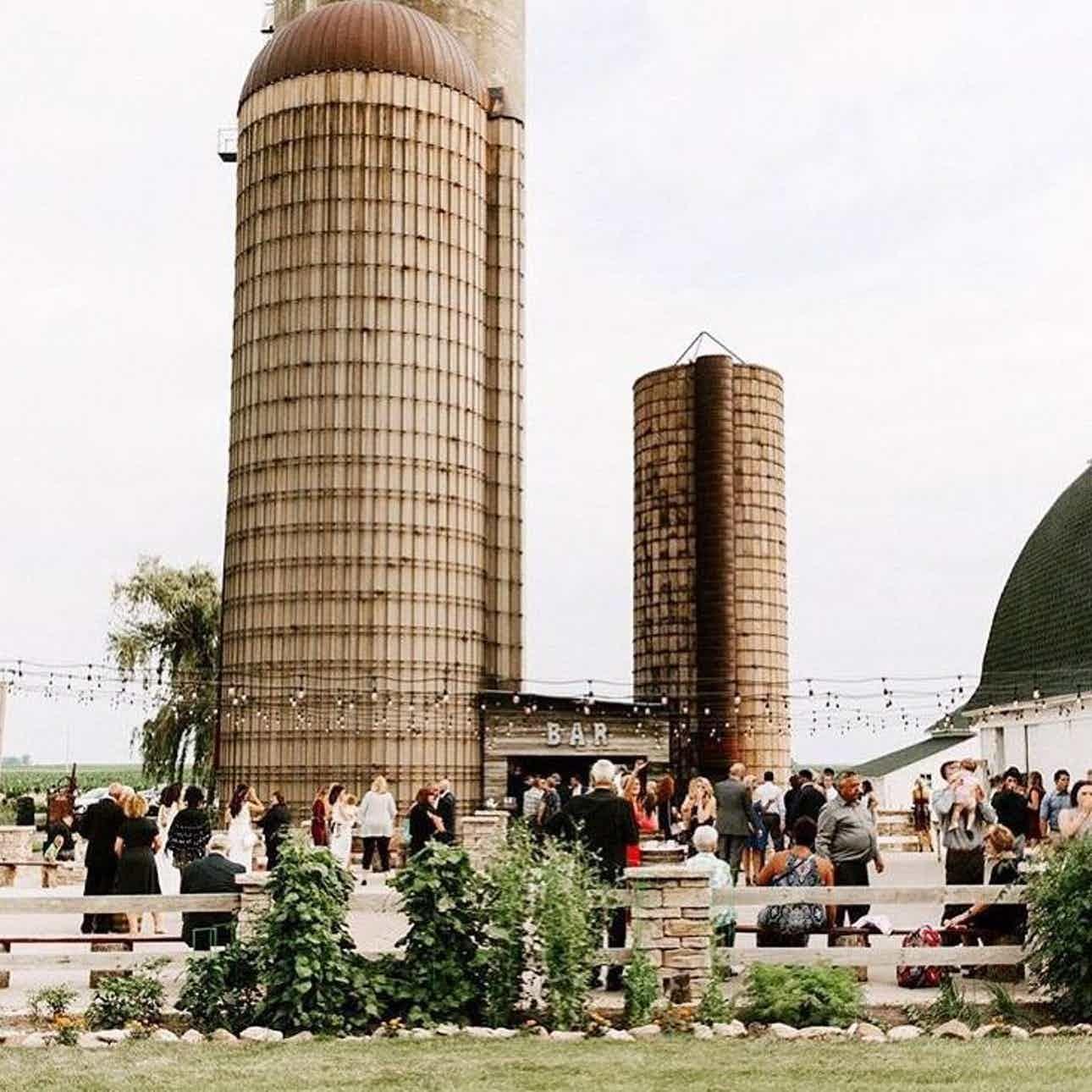 Ashley farm weddings west chicago wedding venue yorkville