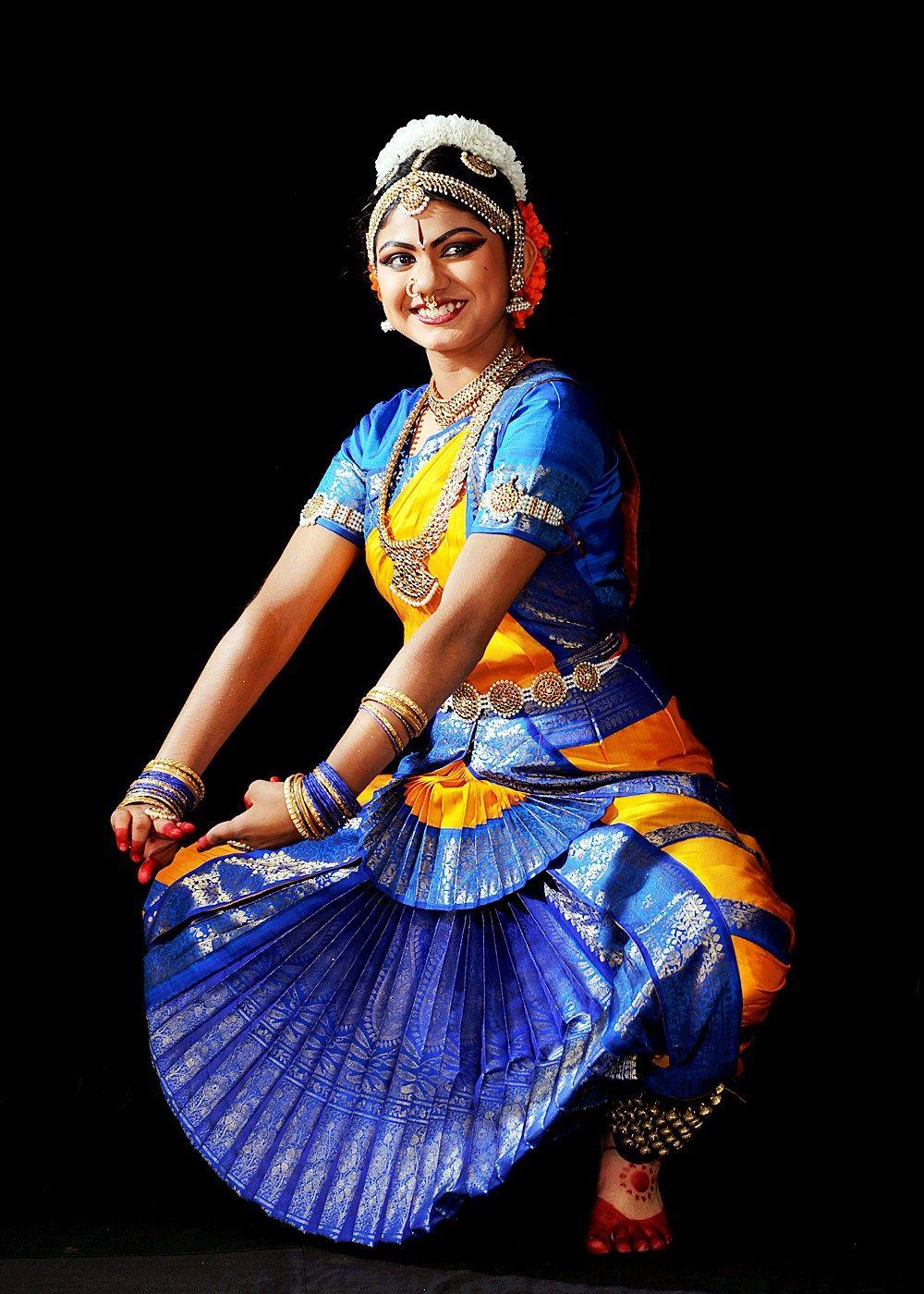 bharatanatyam poses - photo #36