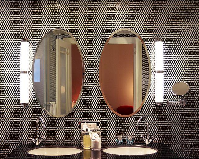 Best 25 Bathroom Lighting Fixtures Ideas On Pinterest: Best 25+ Round Bathroom Mirror Ideas On Pinterest