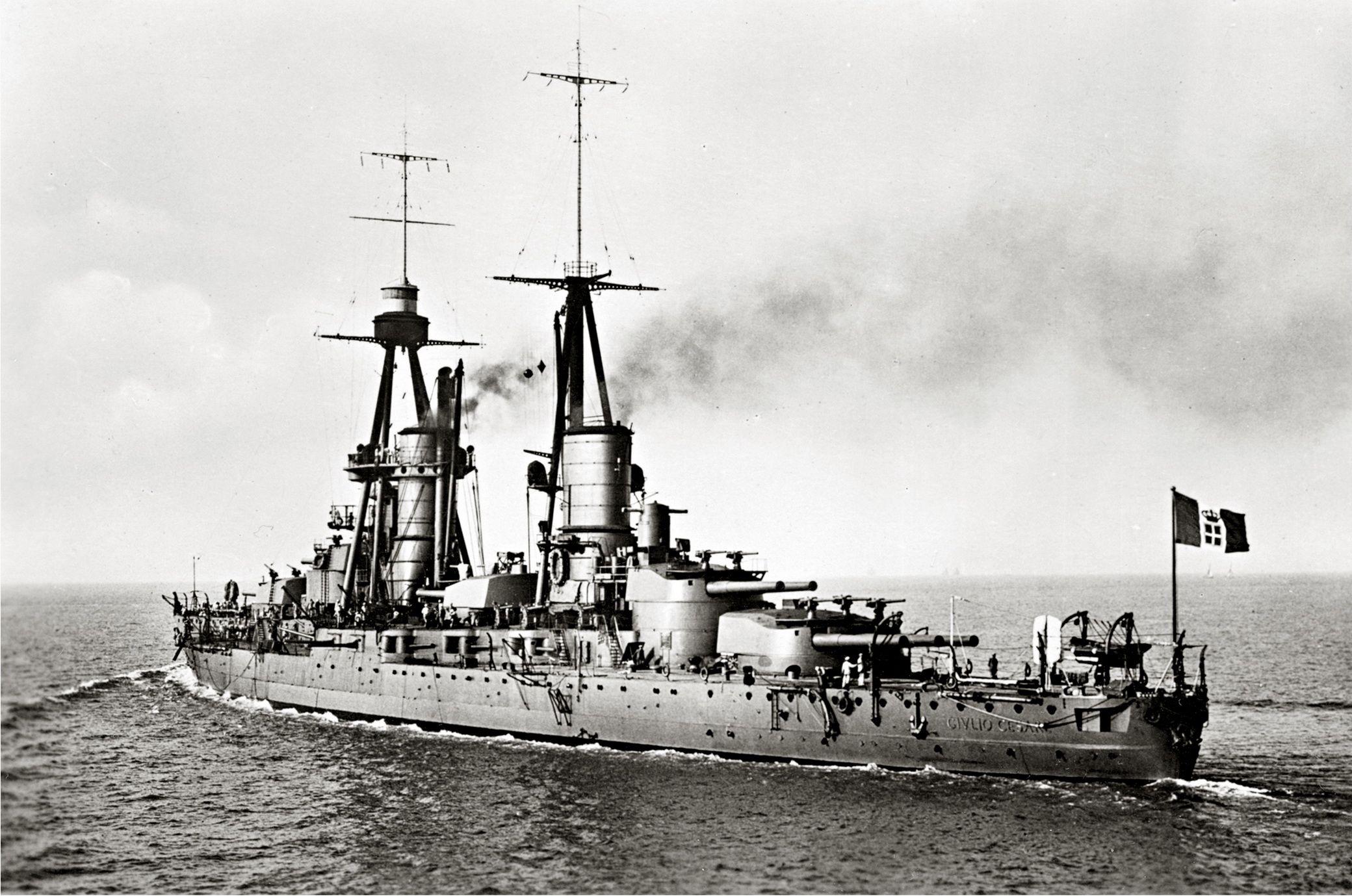 Italian battleship caio duilio in 1926 an andrea doria for Andrea doria nave da guerra