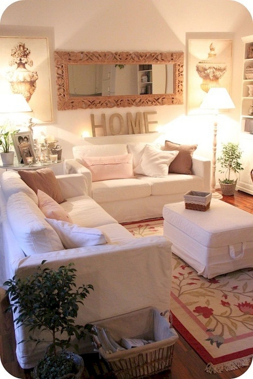 Gorgeous 55 Cozy Small Living Room Decor Ideas On A Budget Https Insidecorate Com 5 Small Apartment Living Room Small Living Room Decor Apartment Living Room