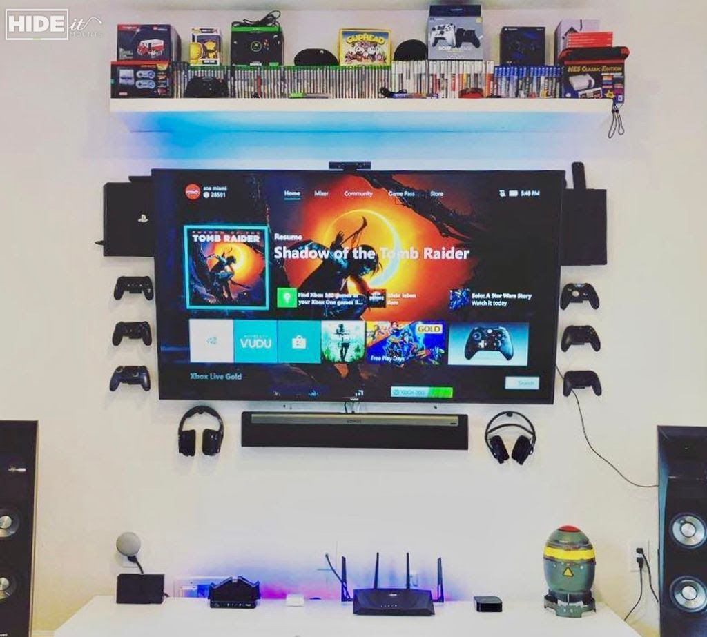 Pin by Courtney Shankman on Game room in 2019 | Gamer room