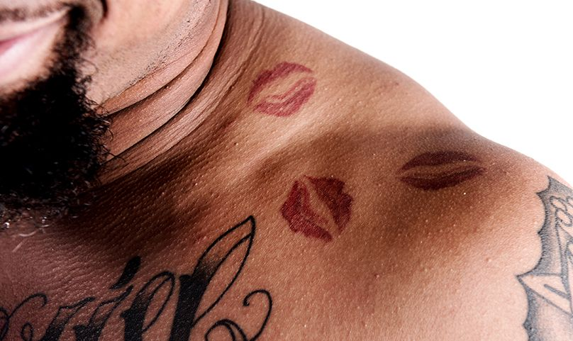 Lips Tattoo On Neck With Name Pen & Ink: Donte Moncrief